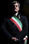 Il Sindaco di Roma Gianni Alemanno durante la manifestazione in supporto ai due maro' detenuti in India<br /> Roma - Colosseo 3 Aprile 2013. Matteo Ciambelli / OneShot