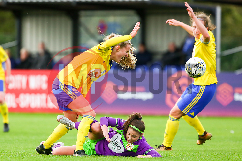 Carla Humphrey of Bristol City challenges Marisa Ewers of Birmingham City Women - Mandatory by-line: Ryan Hiscott/JMP - 14/10/2018 - FOOTBALL - Stoke Gifford Stadium - Bristol, England - Bristol City Women v Birmingham City Women - FA Women's Super League 1