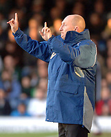 Photo: Ashley Pickering.<br />Southend United v Plymouth Argyle. Coca Cola Championship. 18/11/2006.<br />Plymouth manager Ian Holloway