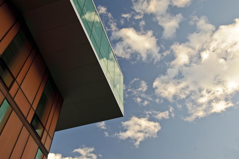 Diana Center, Barnard College, by Weiss/Manfredi, Morningside Heights, Manhattan, New York City, New York