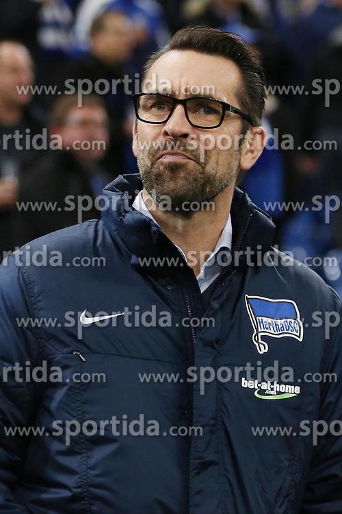 17.10.2015, Veltins Arena, Gelsenkirchen, GER, 1. FBL, Schalke 04 vs Hertha BSC, 9. Runde, im Bild Geschaeftsfuehrer Michael Preetz (Hertha BSC) // during the German Bundesliga 9th round match between Schalke 04 and Hertha BSC at the Veltins Arena in Gelsenkirchen, Germany on 2015/10/17. EXPA Pictures &copy; 2015, PhotoCredit: EXPA/ Eibner-Pressefoto/ Sch&uuml;ler<br /> <br /> *****ATTENTION - OUT of GER*****