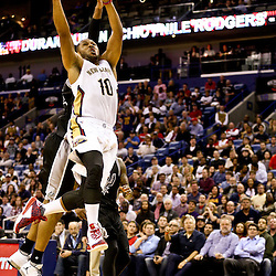 Mar 3, 2016; New Orleans, LA, USA; New Orleans Pelicans guard Eric Gordon (10) shoots against the San Antonio Spurs during the second quarter of a game at the Smoothie King Center. Mandatory Credit: Derick E. Hingle-USA TODAY Sports