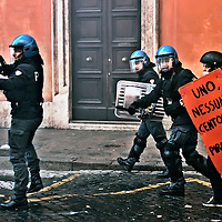 Incidenti  Manifestanti Polizia