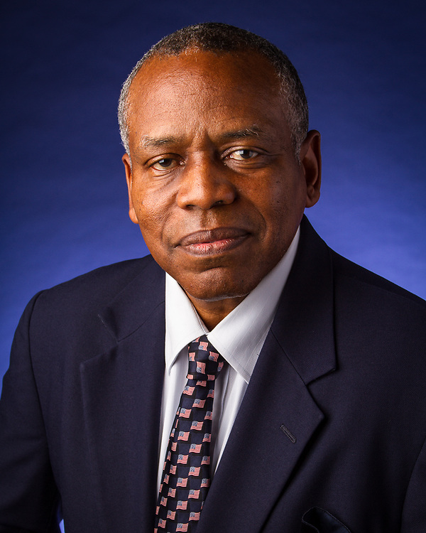 executive portrait, publicity portrait, corporate head-shot, business portrait, Dr. Michael Caldwell, NOVA University
