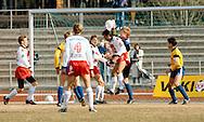 27.4.1991, Pori.<br /> Futisliiga 1991, Porin Pallo-Toverit - Helsingin Jalkapalloklubi.<br /> Juha Karjalainen (HJK) v Jorma Heinonen (PPT), vasemmalla Petri Nieminen & Pasi Sulonen (PPT). oikealla Jari Litmanen (HJK).