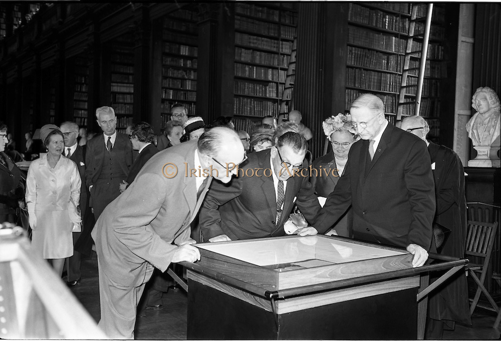 20/06/1963.06/20/1963.20 June 1963.Opening of Theobald Wolf Tone exhibition at T.C.D. to commemorate the bicentenary; (l-r) Mr Frank Aiken, Minister for External Affairs, An Taoiseach Mr Sean Lemass and President Eamon de Valera, who opened the exhibition.
