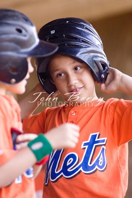 Madison Parks and Rec Baseball.Rookies.Mets vs Cardinals.5/19/2007