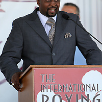 "Inductee Thomas ""Hitman"" Hearns addresses the crowd during the 23rd Annual International Boxing Hall of Fame Induction ceremony at the International Boxing Hall of Fame on Sunday, June 10, 2012 in Canastota, NY. (AP Photo/Alex Menendez)"