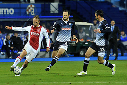 18.10.2011, Stadion Maksimir, Zagreb, CRO, UEFA CL, Gruppe D, Dinamo Zagreb (CRO) vs Ajax Amsterdam (NED), im Bild  Siem de Jong, Josip Simunic, Tonel // during UEFA Champions League group D match between Dinamo Zagreb (CRO) and Ajax Amsterdam (NED)) at Maksimir Stadium, Zagreb, Croatia on 18/10/2011. . EXPA Pictures © 2011, PhotoCredit: EXPA/ nph/ PIXSELL  **** only for AUT       ****** out of GER / CRO  / BEL ******