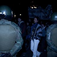 La menor parte de las marchas se desarrollan de manera pac&iacute;fica. <br /> El m&iacute;nimo acto de provocaci&oacute;n, incita al desorden colectivo y a la respuesta represiva de las autoridades.
