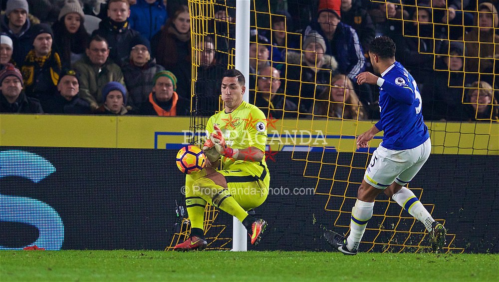 KINGSTON-UPON-HULL, ENGLAND - Friday, December 30, 2016: Everton's goalkeeper Joel Robles makes a save during the FA Premier League match against Hull City at the KCOM Stadium. (Pic by David Rawcliffe/Propaganda)
