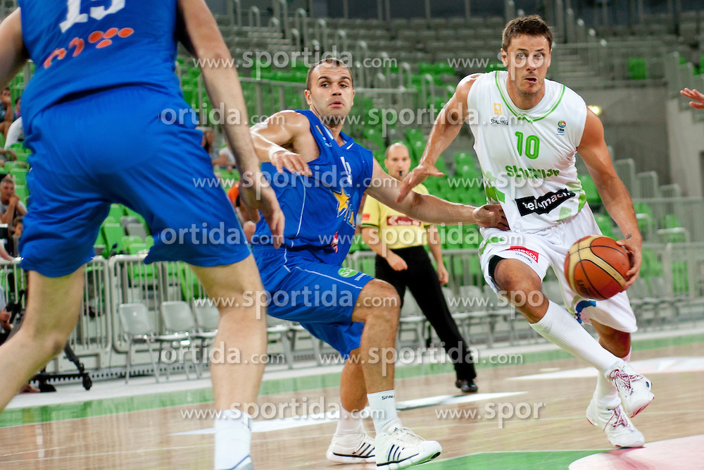 Bostjan Nachbar of Slovenia during friendly basketball match between National teams of Slovenia and Bosnia i Hercegovina of Adecco Ex-Yu Cup 2012 as part of exhibition games 2012, on August 3rd, 2012, in Arena Stozice, Ljubljana, Slovenia. (Photo by Urban Urbanc / Sportida)
