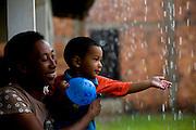 Sao Luis_MA, Brasil...Comunidade Vila Olimpica. Na foto projeto Competencias Familiares...The Vila Olimpica community. In this photos Competencias Familiares project...Foto: LEO DRUMOND / NITRO
