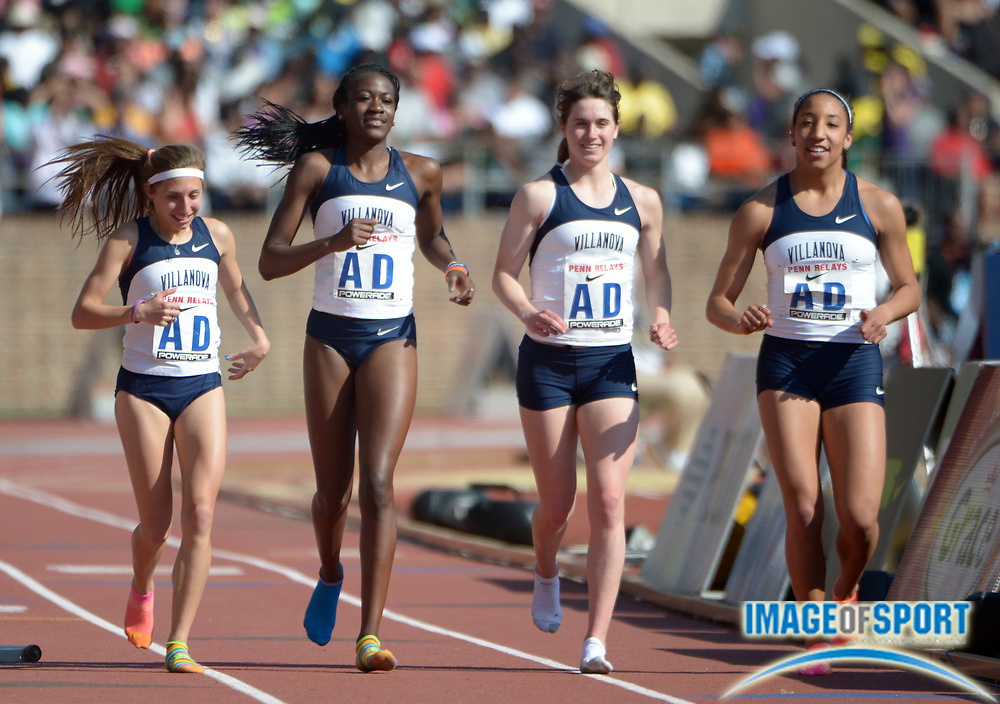 ubc womens 4x800m relay - 1000×704