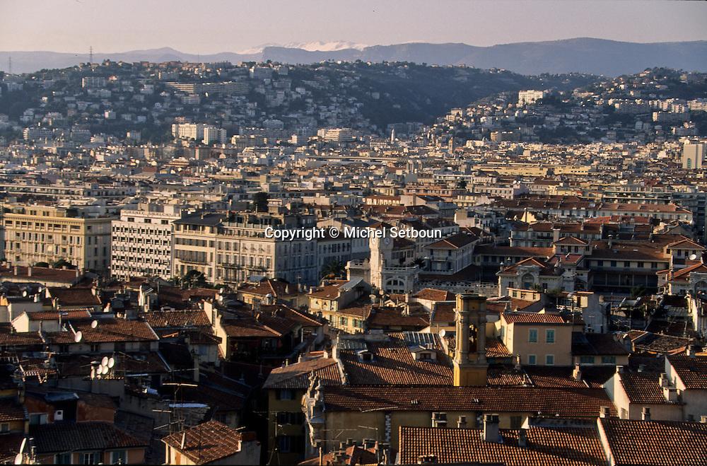France. Nice. the old city      / la vieille ville  Nice  france   / R00115/    L1733  /  P102875