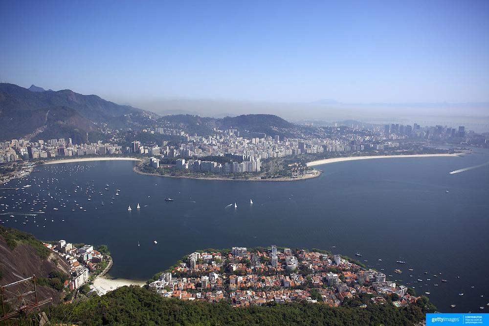 Rock Climbing around Sugar Load Mountain,  Rio de Janeiro,  Brazil. 26th August 2010. Photo Tim Clayton.