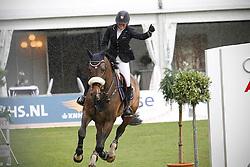 Van Gerwen Jody - Tantalus<br /> Nederlands Kampioenschap Springen CH Mierlo 2010<br /> © Hippo Foto - Leanjo de Koster