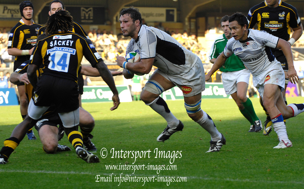 Wycombe, GREAT BRITAIN,  Castres, Lionel NALLET scoring a second half try during the Heineken Cup [Pool 1]  Rugby Match,  London Wasps vs Castres Olympiqueplayed at Adams Park Stadium on Sun, 12.10.2008 [Photo, Peter Spurrier/Intersport-images]