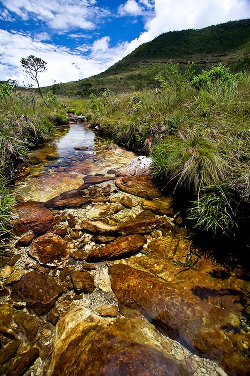 Alto Paraiso de Goias_GO, Brasil...Riacho no Parque Nacional da Chapada dos Veadeiros...The stream in the Chapada dos Veadeiros National Park...Foto: JOAO MARCOS ROSA /  NITRO..
