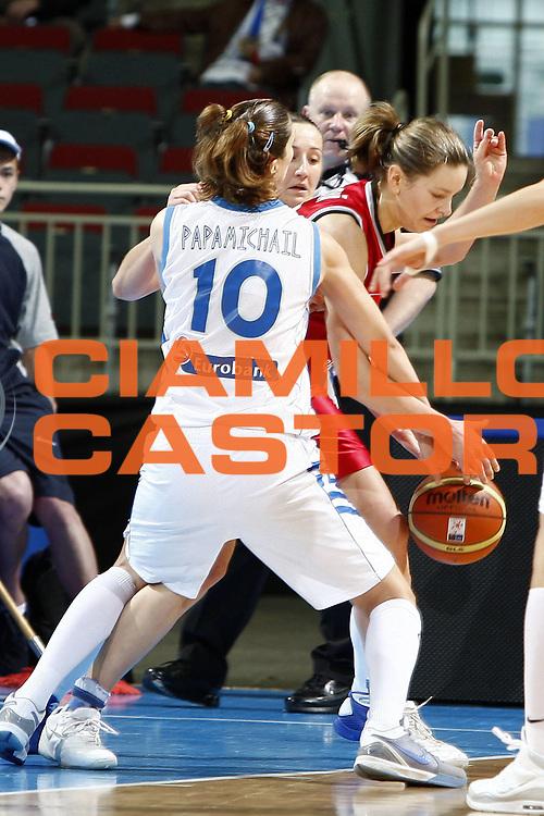 DESCRIZIONE : Riga Latvia Lettonia Eurobasket Women 2009 Qualifying Round Grecia Repubblica Ceca Greece Czech Republic<br /> GIOCATORE : Eva Viteckova<br /> SQUADRA : Repubblica Ceca Czech Republic<br /> EVENTO : Eurobasket Women 2009 Campionati Europei Donne 2009 <br /> GARA : Grecia Repubblica Ceca Greece Czech Republic<br /> DATA : 13/06/2009 <br /> CATEGORIA : <br /> SPORT : Pallacanestro <br /> AUTORE : Agenzia Ciamillo-Castoria/E.Castoria<br /> Galleria : Eurobasket Women 2009 <br /> Fotonotizia : Riga Latvia Lettonia Eurobasket Women 2009 Qualifying Round Grecia Repubblica Ceca Greece Czech Republic<br /> Predefinita :