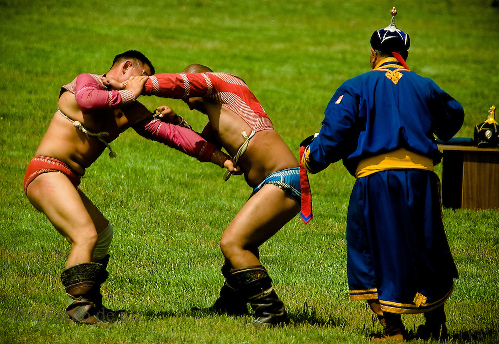 Images of the Nadaam festival, or eriyn gurvan nadaam, is the biggest festival of the year for Mongolians, three days in all parts of the country and highlights the greatest athletes in horse racing, archery, and wrestling: Mongolia's most popular sport. Ulaambataar, Mongolia, July, .2007. Phtos: /Bernardo De Niz