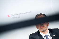"25.02.2019, Innenministerium, Wien, AUT, Bundesregierung, Pressekonferenz zum Thema ""Aktuelles aus dem Bereich Asyl und Fremdenwesen, im Bild Innenminister Herbert Kickl (FPÖ) // Austrian Minister for the Interior Herbert Kickl during a media conference at the interior ministry due to asylum topic in Vienna, Austria on 2019/02/25, EXPA Pictures © 2019, PhotoCredit: EXPA/ Michael Gruber"