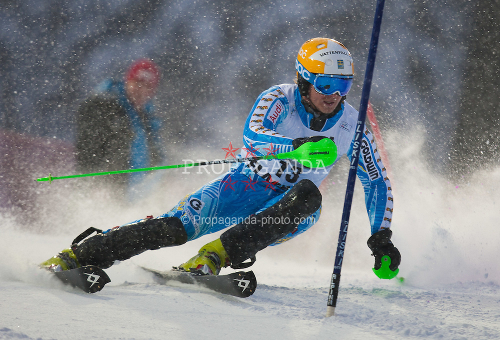 21.12.2011, Hermann Maier Weltcup Strecke, Flachau, AUT, FIS Weltcup Ski Alpin, Herren, Slalom 1. Durchgang, im Bild in Aktion Jens Byggmark (SWE) // Jens Byggmark of Sweden in action during Slalom race 1st run of FIS Ski Alpine World Cup at 'Hermann Maier World Cup' course in Flachau, Austria on 2011/12/21. EXPA Pictures © 2011, PhotoCredit: EXPA/ Johann Groder
