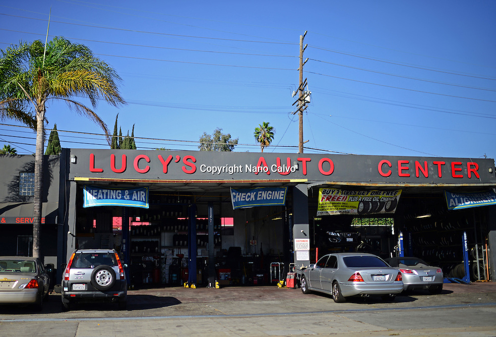 Lucy´s Auto Center in Los Angeles, California.