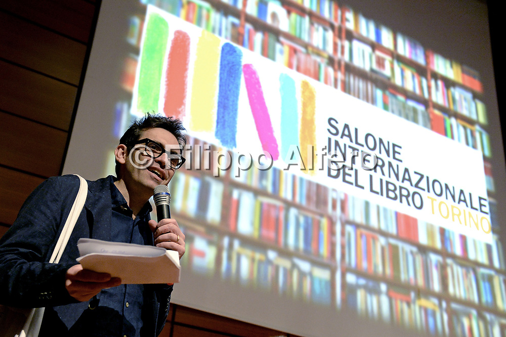 &copy; Filippo Alfero<br /> Salone del Libro 2017<br /> Torino, 20/05/2017<br /> Nella foto: Sala 500, Scrittori americani, Nicola Lagioia
