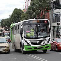 TOLUCA, México (Septiembre 10, 2017).- Un duro golpe representa a la economía familiar después de oficializarse el incremento al transporte público  de 8 a 10 pesos. Agencia MVT / Crisanta Espinosa.