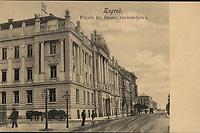Zagreb : Palača kr. financ. ravnateljstva. <br /> <br /> ImpresumZagreb : Naklada A. Brusine, [između 1902 i 1905].<br /> Materijalni opis1 razglednica : tisak ; 8,9 x 13,9 cm.<br /> SuradnikMosinger, Rudolf(1865.–1918.)<br /> NakladnikTiskara A. Brusina<br /> Mjesto izdavanjaZagreb<br /> Vrstavizualna građa • razglednice<br /> ZbirkaGrafička zbirka NSK • Zbirka razglednica<br /> Formatimage/jpeg<br /> PredmetZagreb –– Ulica Ljudevita Gaja • Zagreb –– Ulica Matije Petra Katančića • Zagreb –– Ulica Baruna Franje Trenka<br /> SignaturaRZG-TRENK-3<br /> Obuhvat(vremenski)20. stoljeće<br /> NapomenaRazglednica nije putovala. • Poleđina razglednice namijenjena je samo za adresu. • Zgrada Financijskog kraljevstva podignuta je 1901/1902. godine prema projektu mađarskog arhitekta Lajosa Zobela. • Razglednica je izrađena po fotografiji R. Mosingera.<br /> PravaJavno dobro<br /> Identifikatori000954936<br /> NBN.HRNBN: urn:nbn:hr:238:799893 <br /> <br /> Izvor: Digitalne zbirke Nacionalne i sveučilišne knjižnice u Zagrebu