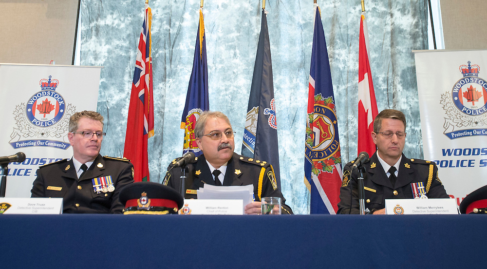 Woodstock, Ontario ---2016-10-25--- Woodstock Police Chief William Renton (C) speaks at a press conference  in Woodstock, Ontario, October 25, 2016 announcing charges being laid in the murder of 8 elderly patients at long term care facilities in Southern Ontario. <br /> GEOFF ROBINS The Globe and Mail
