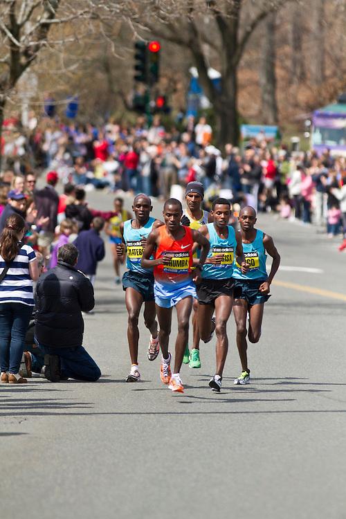 2013 Boston Marathon: Dickson Chumba leads pack up Heartbreak Hill