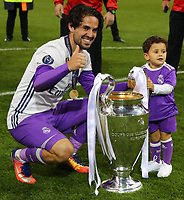 Celebrazione Coppa Real Madrid vince il trofeo, Celebration Cup Real Madrid Wins the trophy Isco Real Madrid<br /> Cardiff 03-06-2017  Cardiff National Stadium Millennium Stadium<br /> Football Champions League Final 2016/2017 <br /> Juventus - Real Madrid<br /> Foto Cesare Purini / Insidefoto