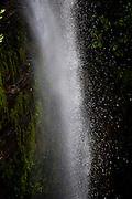 Alto Paraiso de Goias_GO, Brasil...Detalhe da agua de uma cachoeira do Parque Nacional da Chapada dos Veadeiros...Detail of water waterfall in the Parque Nacional da Chapada dos Veadeiros...Foto: JOAO MARCOS ROSA / NITRO..