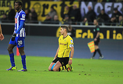 21.12.2013, Signal Iduna Park, Dortmund, GER, 1. FBL, Borussia Dortmund vs Hertha BSC, 17. Runde, im Bild Kapitaen Sebastian Kehl #5 (Borussia Dortmund) enttaeuscht am Boden, Enttaeuschung, Pech, Trauer, negativ // during the German Bundesliga 17th round match between Borussia Dortmund and Hertha BSC at the Signal Iduna Park in Dortmund, Germany on 2013/12/21. EXPA Pictures © 2013, PhotoCredit: EXPA/ Eibner-Pressefoto/ Schueler<br /> <br /> *****ATTENTION - OUT of GER*****