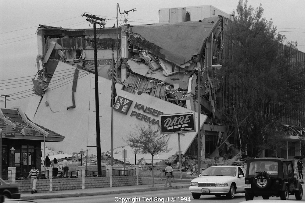 A damaged Kaiser Permante Hospital in Northridge.<br /> Northridge earthquake.