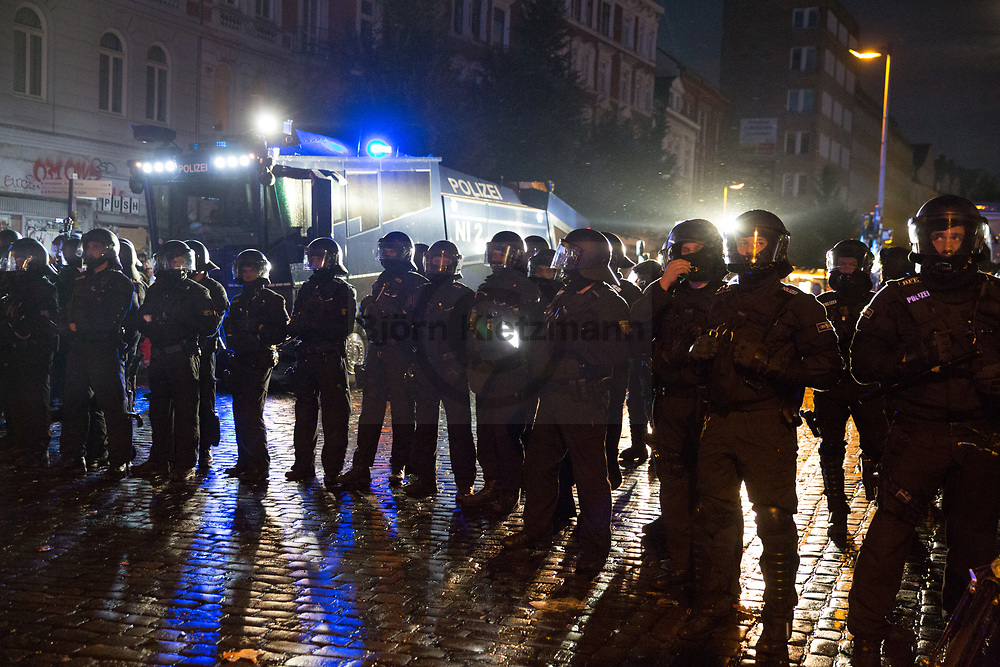 Hamburg, Germany - 08.07.2017<br /> <br /> Police forces clear with water cannons and police tanks parts of the Schanzenviertel. No G20 protests in Hamburg.<br /> <br /> Polizeikraefte raeumen mit Wasserwerfern und Raeumpanzern Teile des Schanzenviertels. Anti G20 Proteste in Hamburg.<br /> <br /> Photo: Bjoern Kietzmann