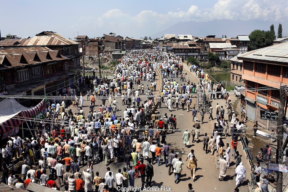 On the 22nd August 2008 an estimated 350,000 Kashmiri's marched to the Eidgha communal ground in Srinagar. Local Kashmiri's said they had never witnessed anything like it in their lifetime.For many hours the roads were blocked with marchers making their way to the Eidgha communal ground...