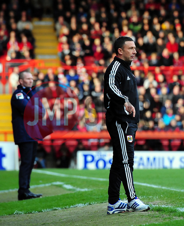 Bristol City Manager, Derek McInnes (right) and Blackpool Manger, Michael Appleton (left) - Photo mandatory by-line: Joe Meredith/JMP  - Tel: Mobile:07966 386802 17/11/2012 - Bristol City v Blackpool - SPORT - FOOTBALL - Championship -  Bristol  - Ashton Gate Stadium -