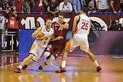 DESCRIZIONE : Venezia Lega A 2014-15 Umana Reyer Venezia Acea Roma<br /> GIOCATORE : brandon triche<br /> CATEGORIA :  palleggio blocco<br /> SQUADRA : Umana Reyer Venezia Acea Roma<br /> EVENTO : Campionato Lega A 2014-2015<br /> GARA : Umana Reyer Venezia Acea Roma<br /> DATA : 19/10/2014<br /> SPORT : Pallacanestro<br /> AUTORE : Agenzia Ciamillo<br /> Galleria : Lega Basket A 2014-2015 <br /> Fotonotizia : Venezia Campionato Italiano Lega A 2014-15 Umana Reyer Venezia Acea Roma<br /> Predefinita :