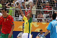Footbal-FIFA Beach Soccer World Cup 2006 -  Semi Final- BRA xPOR -Bruno celebrates the goal-Rio de Janeiro- Brazil - 11/11/2006.<br />