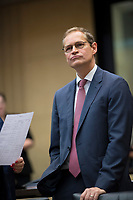 DEU, Deutschland, Germany, Berlin,22.09.2017: Michael Müller (SPD), Regierender Bürgermeister von Berlin, vor einer Sitzung im Bundesrat. Müller wurde heute zum Bundesratspräsident gewählt.
