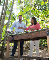 Belem, 20151119: Kronprins Haakon besøker Belem og Amazonas som siste del av firedagersturen til Brasil. I regnskogen i Amazonas fikk kronprinsen blant annet lære om kakaoproduksjonFOTO: TOM HANSEN