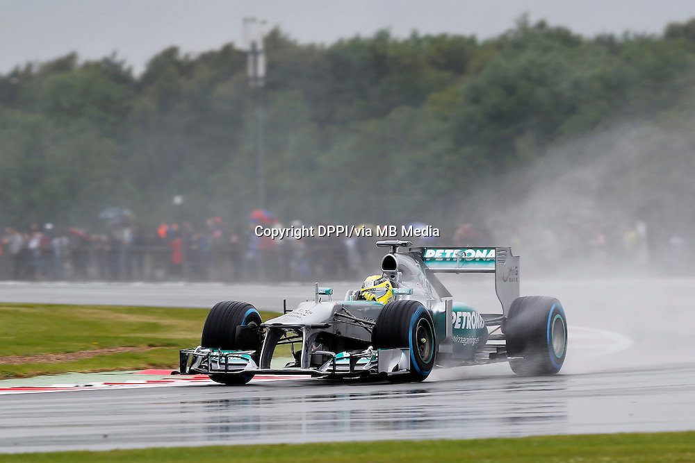 MOTORSPORT - F1 2013 - BRITISH GRAND PRIX - GRAND PRIX D'ANGLETERRE - SILVERSTONE (GBR) - 28 TO 30/06/2013 - PHOTO : ALEXANDRE GUILLAUMOT / DPPI - 10 HAMILTON LEWIS (GBR) - MERCEDES GP MGP W04 - ACTION