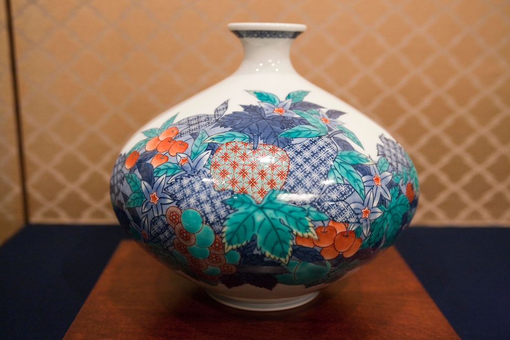 The Imaemon (2-1-15 Akaemachi, Arita-cho; +81-955-42-3101; www.imaemon.co.jp) kiln's elegant floral designs were once prepared exclusively for the feudal lords. Now with the 14th successor in place the traditional techniques are still apparent but the heir's own unique touch has been added...Samples of  designs  available today  from the Imaemon  Kiln.