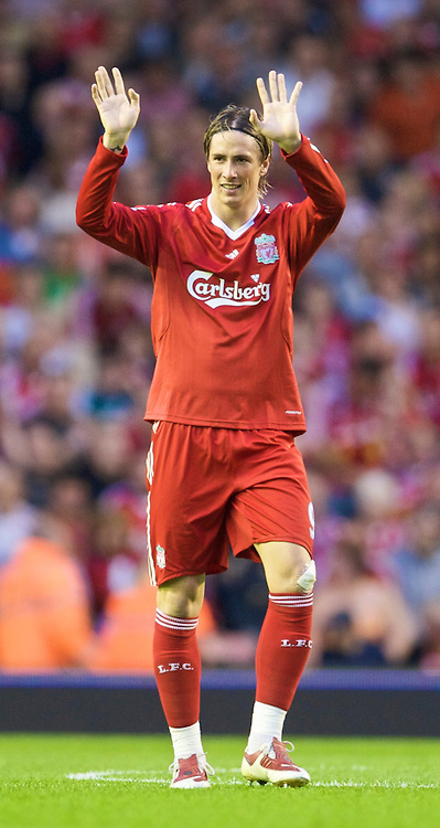 LIVERPOOL, ENGLAND - Wednesday, August 19, 2009: Liverpool's Fernando Torres celebrates scoring the opening goal against Stoke City during the Premiership match at Anfield. (Pic by: David Rawcliffe/Propaganda)