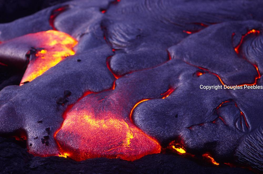 Pahoehoe Lava, Kilauea Volcano, Hawaii Volcanoes National Park, Island of Hawaii, Hawaii, USA<br />