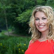 NLD/Amsterdam/20130621 - Boekpresentatie Buskruit met Muisjes, zwangere Susan Smit
