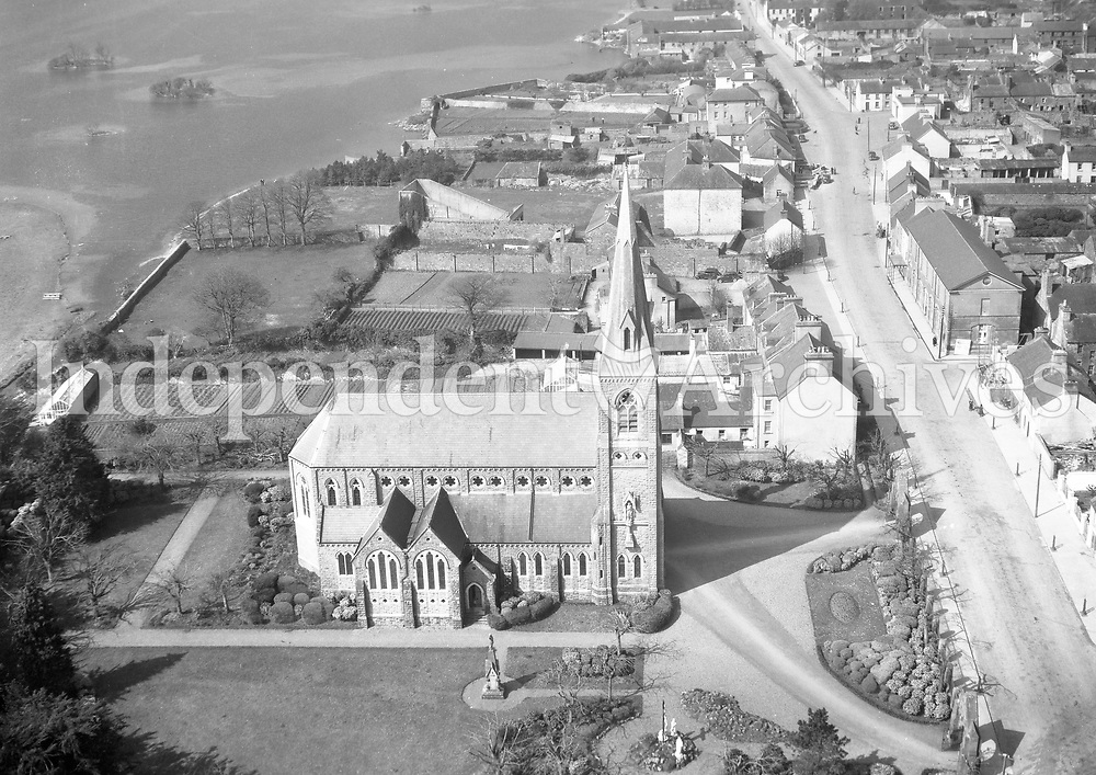 A279 Lough Rea.   24/06/55 (Part of the Independent Newspapers Ireland/NLI collection.)<br /> <br /> These aerial views of Ireland from the Morgan Collection were taken during the mid-1950's, comprising medium and low altitude black-and-white birds-eye views of places and events, many of which were commissioned by clients. From 1951 to 1958 a different aerial picture was published each Friday in the Irish Independent in a series called, 'Views from the Air'.